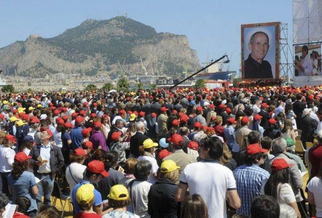 Giuseppe Puglisi, surnommé Don Pino, a été béatifié... (Photo Alessandro Fucarini, Associated Press)