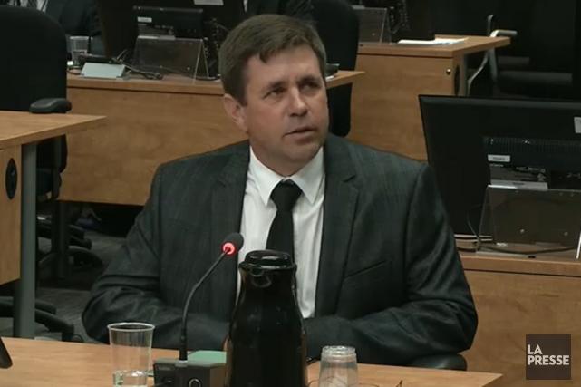 Pierre Allard devant la commission Charbonneau.... (Image vidéo)