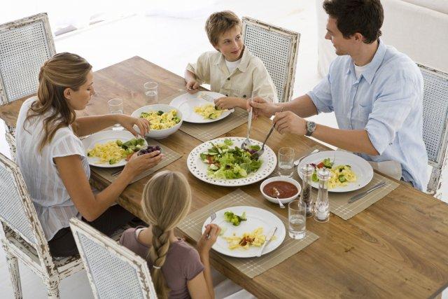 Une étude américaine montre que les enfants qui vivent chez leurs  parents... (PHOTOTHÈQUE LA PRESSE)
