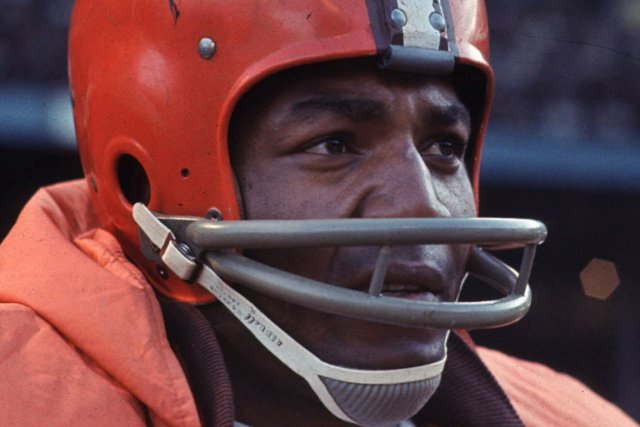 Jim Brown... (Photo archives AP)