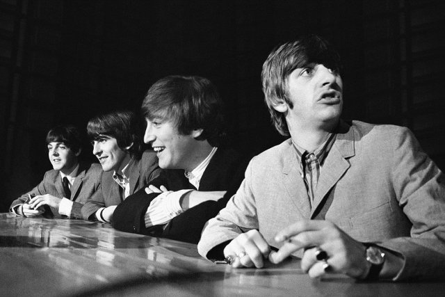 Les Beatles : (de gauche à droite) Paul McCartney,... (PHOTO REUTERS)