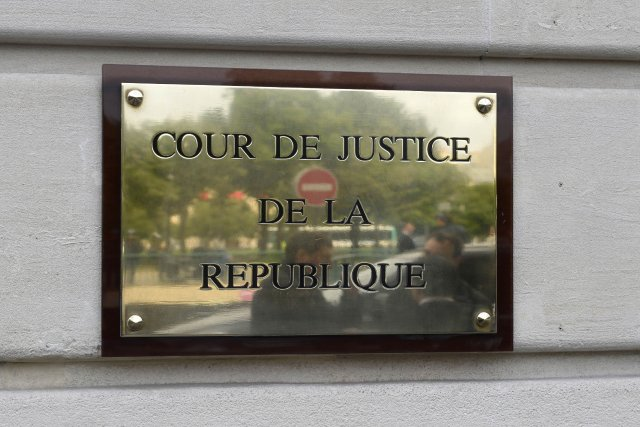 Un ancien haut magistrat, protagoniste de l'affaire d'arbitrage controversé qui... (PHOTO LIONEL BONAVENTURE, AFP)