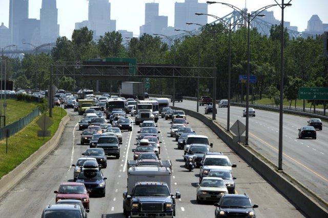 La circulation a été ralentie près du pont Jacques-Cartier en fin d'après-midi... (Archives La Presse)