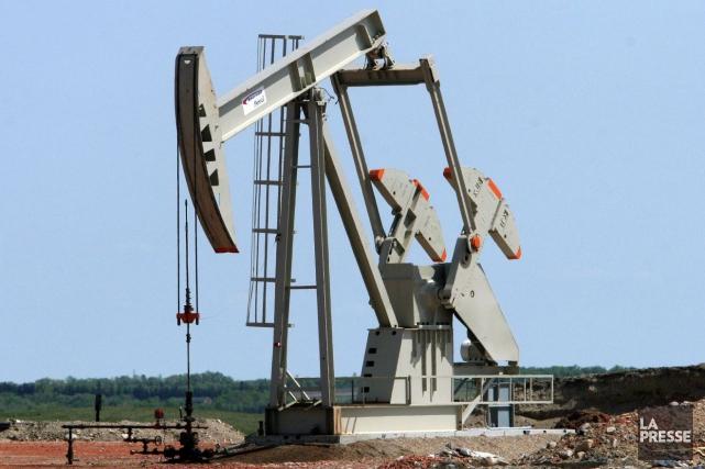 Le cours du pétrole a plongé ces derniers... (Archives AFP)