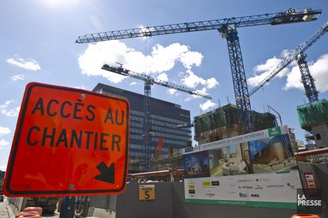 Le chantier de construction du CHUM.... (PHOTO HUGO-SÉBASTIEN AUBERT, LA PRESSE)