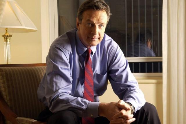 Michael Crichton, ci-contre en 2004,est décédé en 2008... (Archives AP, Jim Cooper)