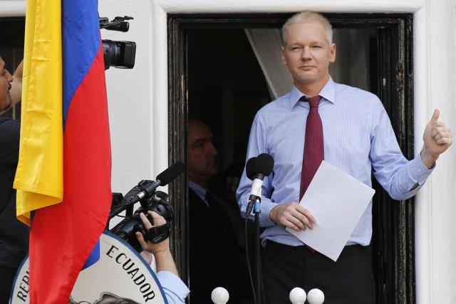 Julian Assange s'est réfugié le 19 juin 2012... (PHOTO CHRIS HELGREN, ARCHIVES REUTERS)