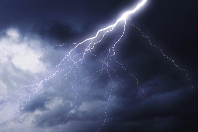 De forts vents, de la pluie abondante et... (Photothèque Le Soleil)