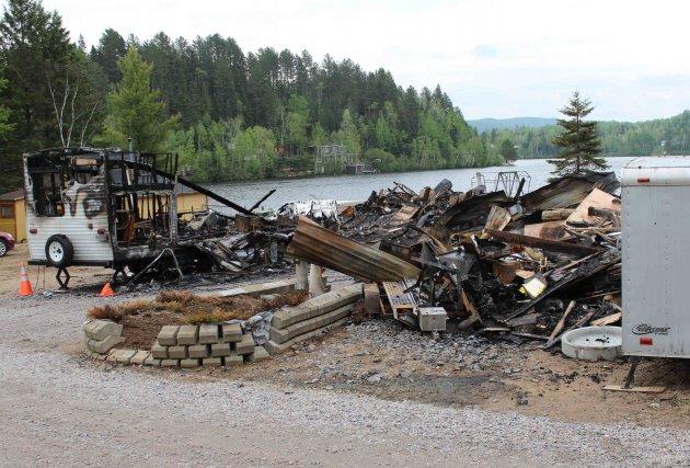 Cette résidence a été complètement détruite par le... (Audrey Tremblay)