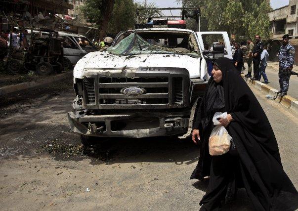 Sept personnes ont été tuées et cinq autres enlevées dimanche dans de nouveaux... (Photo Karim Kadim, Archives AP)