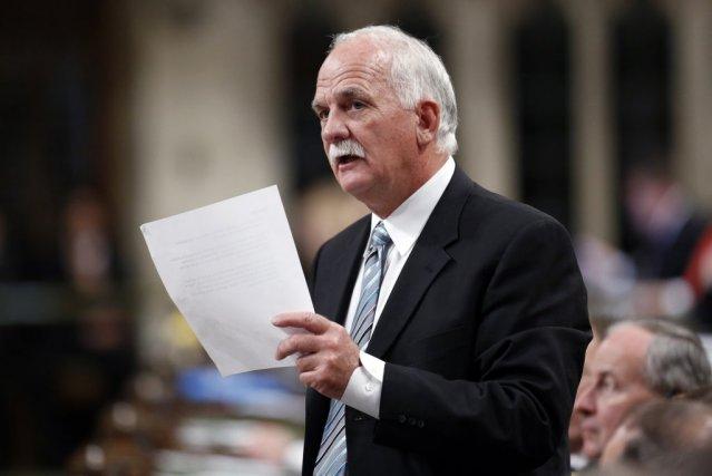 Le ministre de la Sécurité publique, Vic Toews,... (Photo Chris Wattie, archives Reuters)