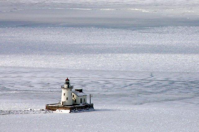Les rives des Grands Lacs sont couvertes d'une... (Photo John Kuntz, AP)
