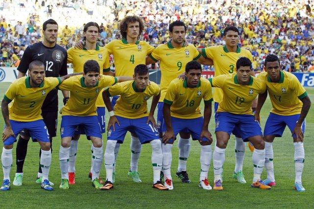 L'équipe de soccer du Brésil.... (Photo Pilar Olivares, Reuters)