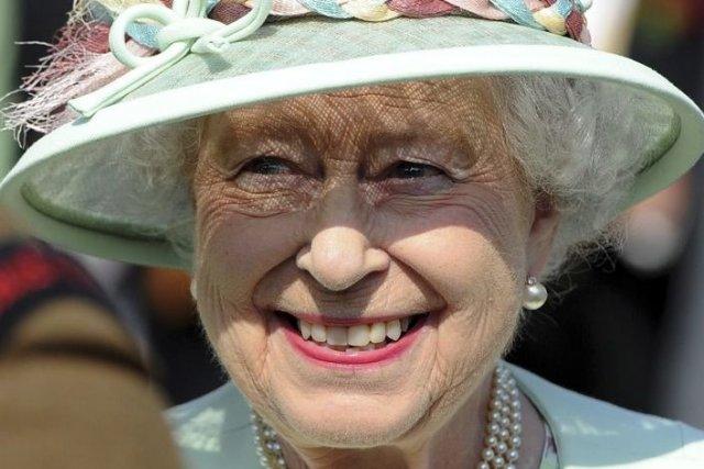 La reine Elizabeth II... (Photo Anthony Devlin, AFP)