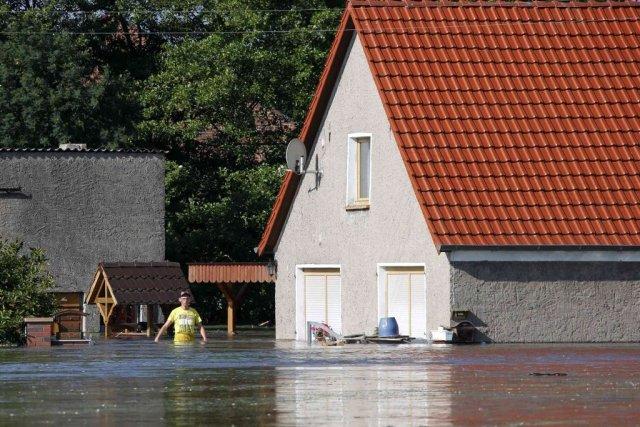 L'Elbe a inondé le village de Kabelitz en... (Photo AFP)