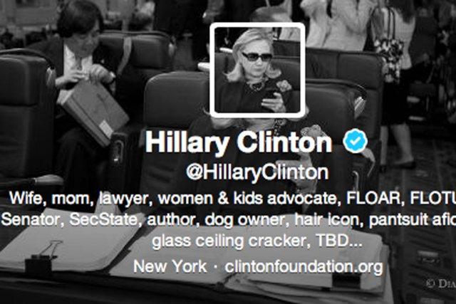 Hillary Clinton est désormais présente sur le populaire... (IMAGE TIRÉE DE TWITTER)