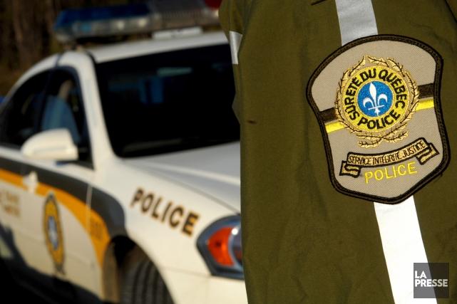 La police mène actuellement une importante opération dans les Cantons de l'Est... (Photo archives La Presse)