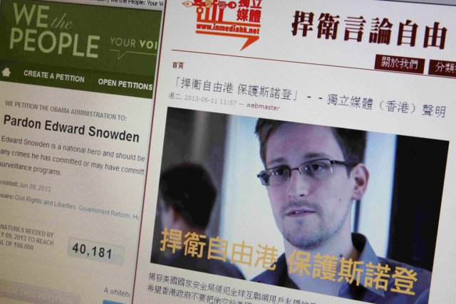 Edward Snowden... (PHOTO BOBBY YIP, REUTERS)