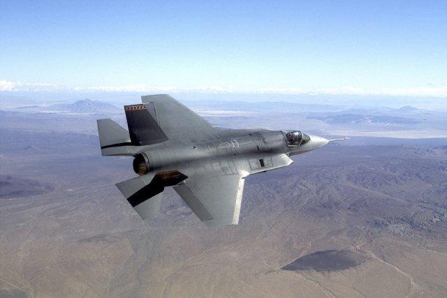 L'avion de chasse F-35 Joint Strike Fighter.... (Photo fournie par Northrop Grumman)