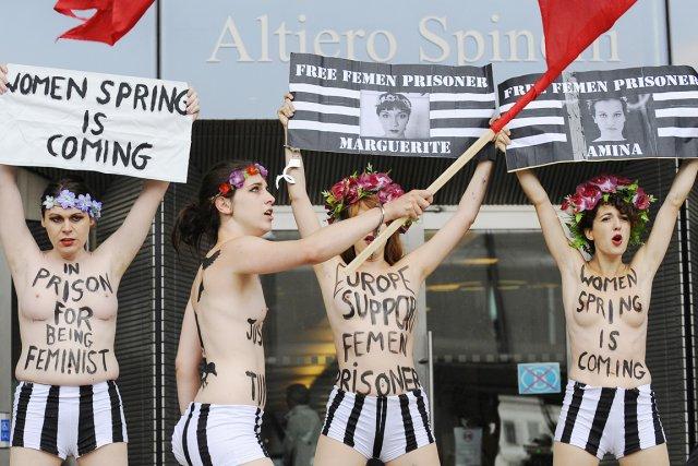 Femen a organisé mercredi plusieurs actions seins nus... (PHOTO JOHN THYS, AFP)