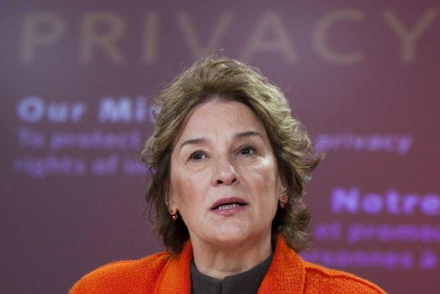 La commissaire fédérale à la protection de la... (Photo Sean Kilpatrick, La Presse Canadienne)