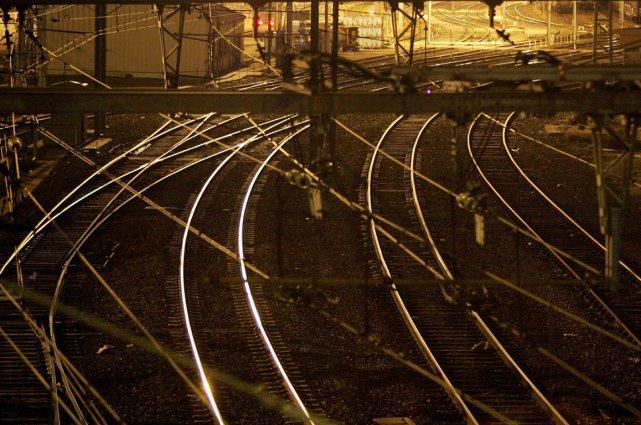 Au moins deux trains ont été annulés et... (Photo Reuters)