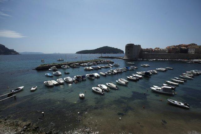 La vue du vieux port de la cité... (PHOTO ANTONIO BRONIC, REUTERS)