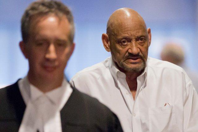 Douglas Dawson, condamné à plusieurs reprises pour exercice... (PHOTO DAVID BOILY,  LA PRESSE)