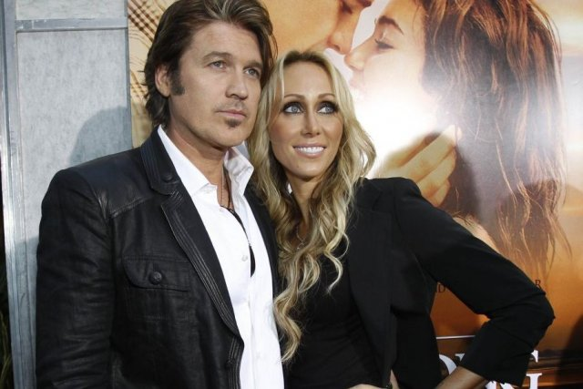 Billy Ray Cyrus et Tish Finley Cyrus en... (Photo: archives AFP)