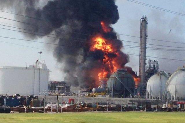 L'usine appartenant à The Williams Companies produit de... (PHOTO RYAN MEADOR, AP)
