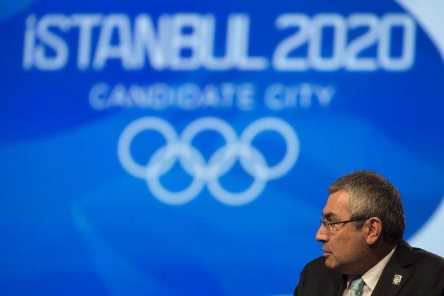 Ugur Erdener, le chef du comité olympique turc.... (Photo : Jean-Christophe Bott, AP)