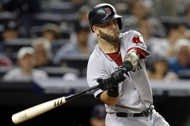 Mike Napoli... (PHOTO ADAM HUNGER, REUTERS)