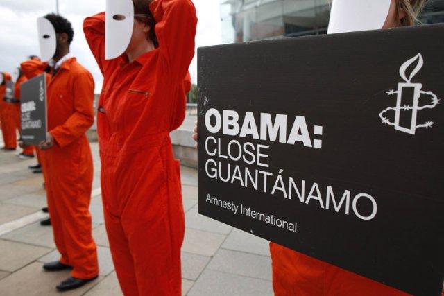Une manifestation pour réclamer la fermeture de la... (Photo: AFP)