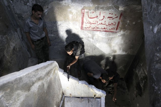 La situation humanitaire dans les régions rebelles se... (PHOTO MUZAFFAR SALMAN, REUTERS)