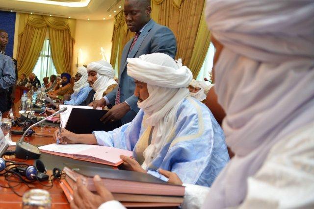 Le pouvoir malien et les rebelles touareg qui occupent Kidal, dans le nord du... (PHOTO AHMED OUOBA,  AFP)