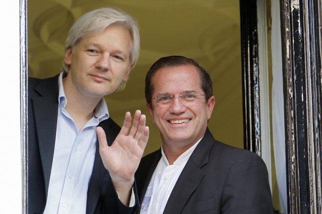 Julian Assangeest apparu dimanche dernier en compagnie du... (Photo Chris Helgren, Archives Reuters)