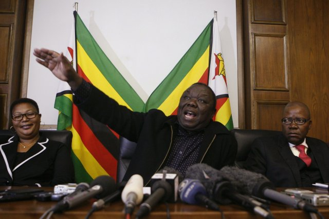 Le leader de l'opposition, Morgan Tsvangirai (ci-dessus), voudrait organiser... (PHOTO PHILIMON BULAWAYO, REUTERS)