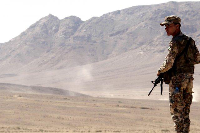 Les assaillants ont ouvert le feu sur un... (PHOTO KHALIL MAZRAAWI, AFP)