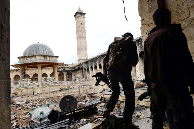 En avril, le minaret de la mosquée des... (PHOTO DIMITAR DILKOFF, ARCHIVES AFP)