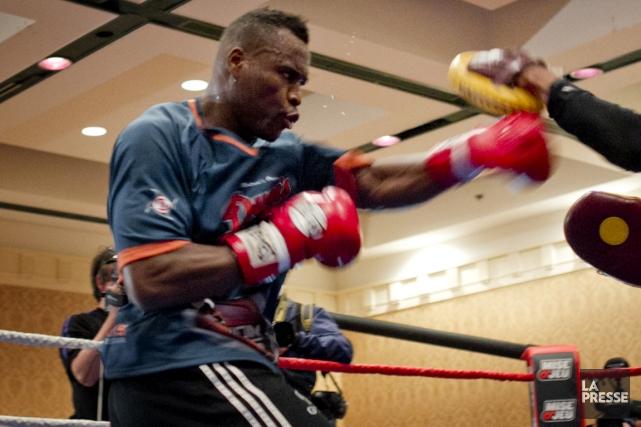 Adonis Stevenson était de retour à l'entraînement lundi... (Photo Marco Campanozzi, archives La Presse)