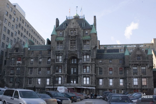 Le vieil hôpitalRoyal Victoria s'ajoute au Stade olympique... (Archives, La Presse)