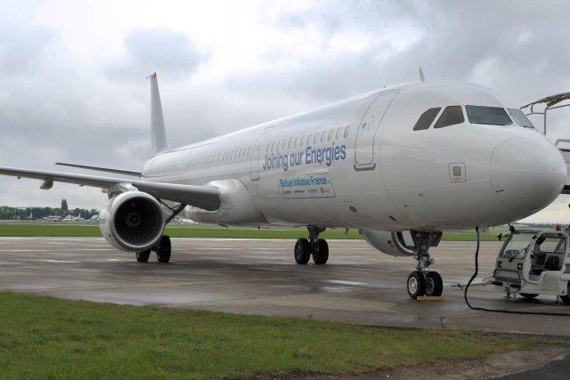 L'A321.À l'intérieur, peu de sièges, des masques à... (PHOTO ERIC PIERMONT, AFP)