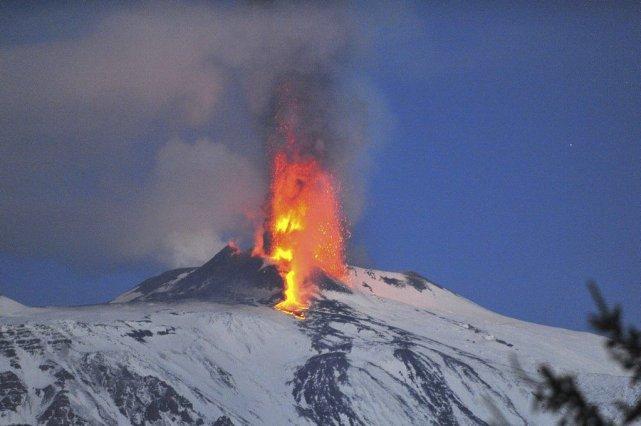 Dans cette photo d'archives de janvier 2012, de... (PHOTO MARCELLO PATERNOSTRO, ARCHIVES AFP)