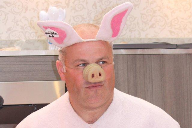 Noël Jamet, champion français du cri de cochon... (Photo Anne Lataillade (URBANIA))