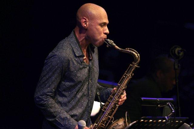 Le saxophoniste Joshua Redman jouera les pièces de... (PHOTO CHARLY TRIBALLEAU, AFP)