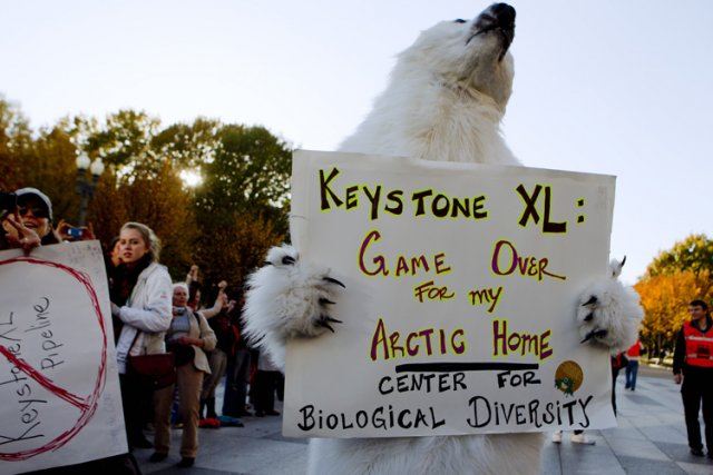 Les écologistes font pression depuis des mois sur... (Photo: AP)