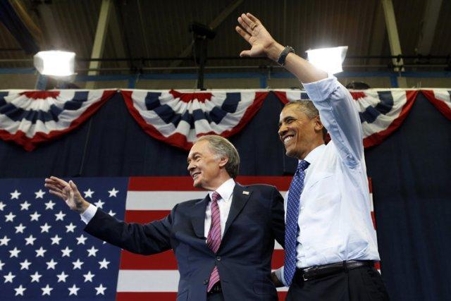 Barack Obama a fait campagne auprès deEdward Markey... (Photo: Reuters)