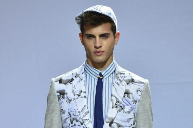Frankie Morello Menswear Printemps-Été 2014, le 25 juin... (PHOTO GIUSEPPE CACACE, AFP)