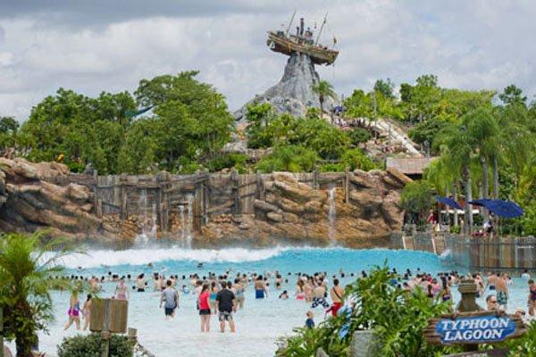 Typhoon Lagoon à Walt Disney World en Floride... (Photo fournie par Disney World)