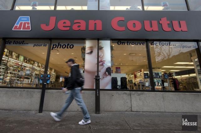 Jean Coutu a précisé s'être départi de 40,5... (PHOTO ROBERT SKINNER, ARCHIVES LA PRESSE)